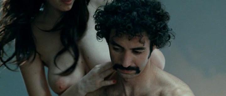 Giulia Michelini nude bush and Tiziana Buldini nude too - Immaturi (2011) (6)