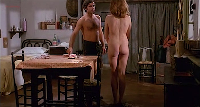 Gloria Guida nude bush and Anita Sanders nude butt - Quella Eta Maliziosa (IT-1975) (4)