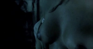 Lizzie Brocheré nude bush, Olympe Borval nude sex and Karin Albou nude too - Le Chant des mariées (FR-2008) (8)