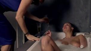 Marie Denarnaud nude topless and Audrey Fleurot nude butt - La vie en miettes (FR-2011) (1)