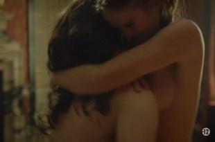 Noémie Schmidt nude topless and sex – Versailles (FR-2015) s1e3-4 HDTV 720p