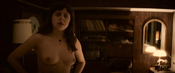 Bel Powley nude sex and Madeleine Waters nude lesbian - The Diary Of A Teenage Girl (2015) HD 1080p BluRay (4)