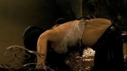 Diora Baird hot lingerie and Jordana Brewster hot - The Texas Chainsaw Massacre -The Beginning (2006) HD1080p BluRay (1)