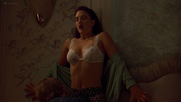Drew Barrymore nude in the shower - Doppelganger (1993) HD 1080p Web (10)