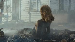 Lucy Lawless nude side boob and butt - Ash vs. Evil Dead (2015) S01E07 HD 1080P WebDl