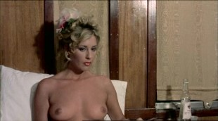 Serena Grandi nude big boobs, Anna Maria Rizzoli nude too - La compagna di viaggio (IT-1980)