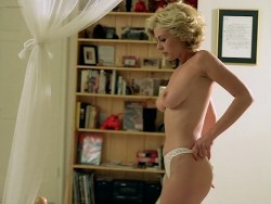 Cinzia Roccaforte nude butt and nude huge boobs, Lisa Comshaw nude sex - La Iena (1997) (8)