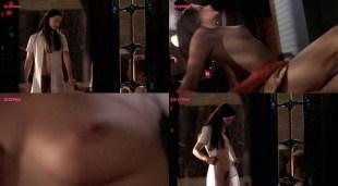 Julie LeBreton nude sex and Isabel Richer nude bush - Dans l'oeil du chat (CA-2004)