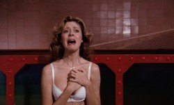 Susan Sarandon hot and sexy and Nell Campbell nude nipple slip - The Rocky Horror Picture Show (1975) HD 1080p BluRay (8)
