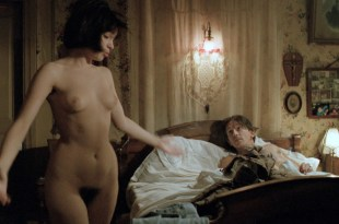 Beatrice Dalle nude full frontal, butt and topless – Betty Blue 37 2 Le Matin (FR-1986) Director's Cut HD 1080p BluRay