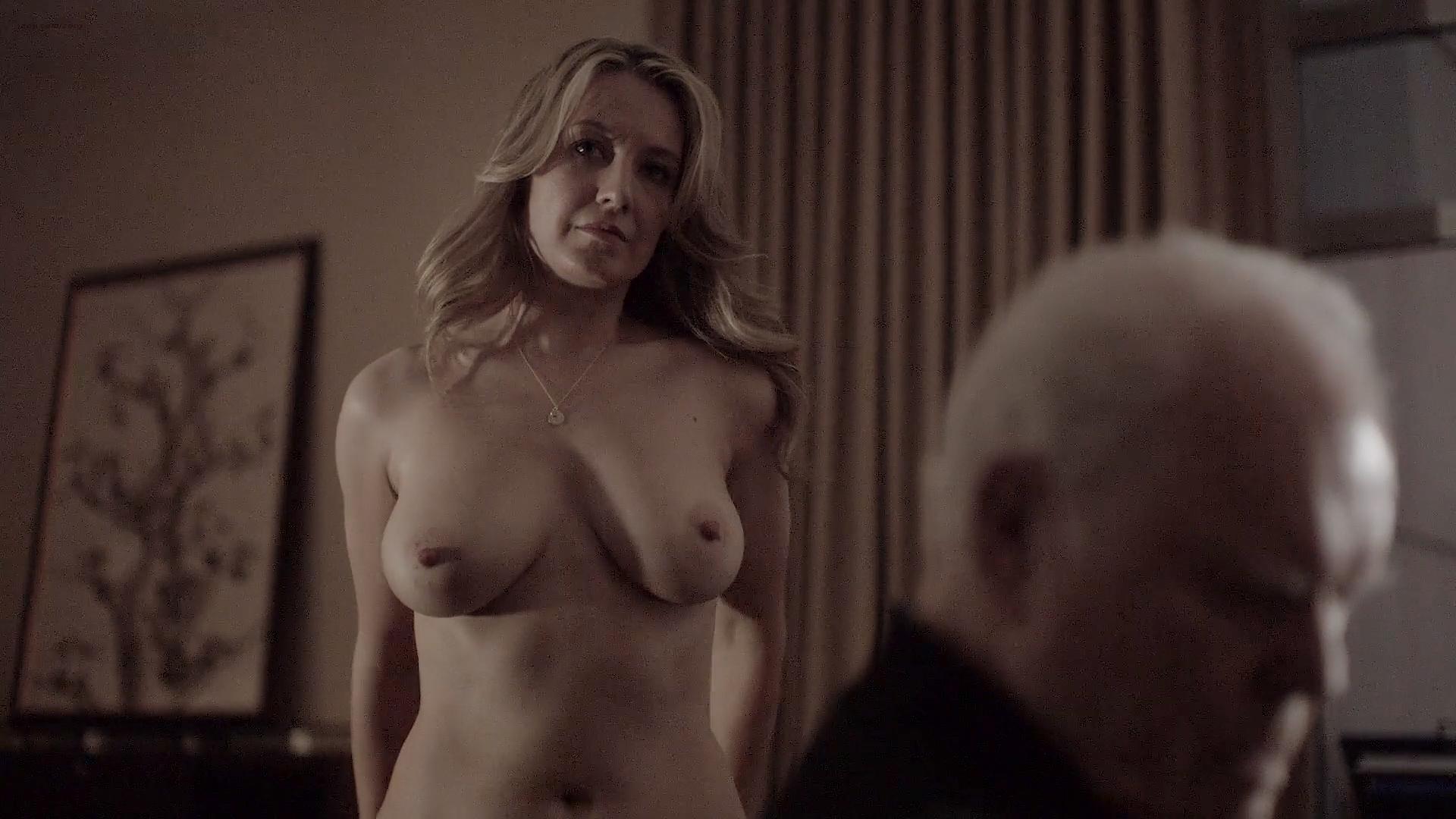Jennifer Mudge Nude