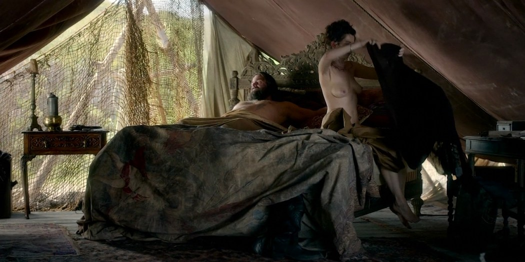Sylvaine Strike nude topless - Black Sails (2016) S03E06 HD 720p WEB-dl (7)