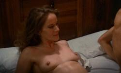 Dominique Sanda nude full frontal - Une chambre en ville (FR-1982) HD 1080p (10)