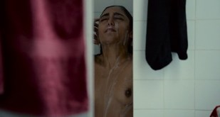 Golshifteh Farahani nude topless - Les Deux Amis (FR-2014)