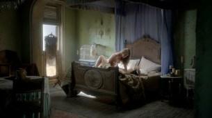 Jessica Parker Kennedy nude topless and Nevena Jablanovic nude in lesbian sex scene – Black Sails (2016) s03e08 HD 720-1080p (6)
