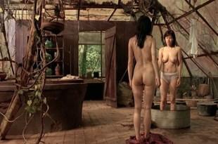 Mylène Jampanoï nude butt and Li Xiaoran  nude too – Les Filles Du Botaniste (FR-2006)