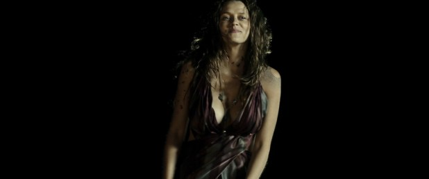 Teresa Palmer hot and busty in bikini and very sexy - Point Break (2015) HD 1080p (6)