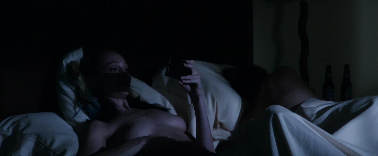 Autumn Kendrick nude topless and sex and Miranda Rae Mayo hot bikini - The Girl In The Photographs (2015) HD 720p WEB-DL (7)