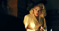 Scarlett Johansson hot and sexy and Natasha Bassett hot busty - Hail Ceaser (2016) (7)