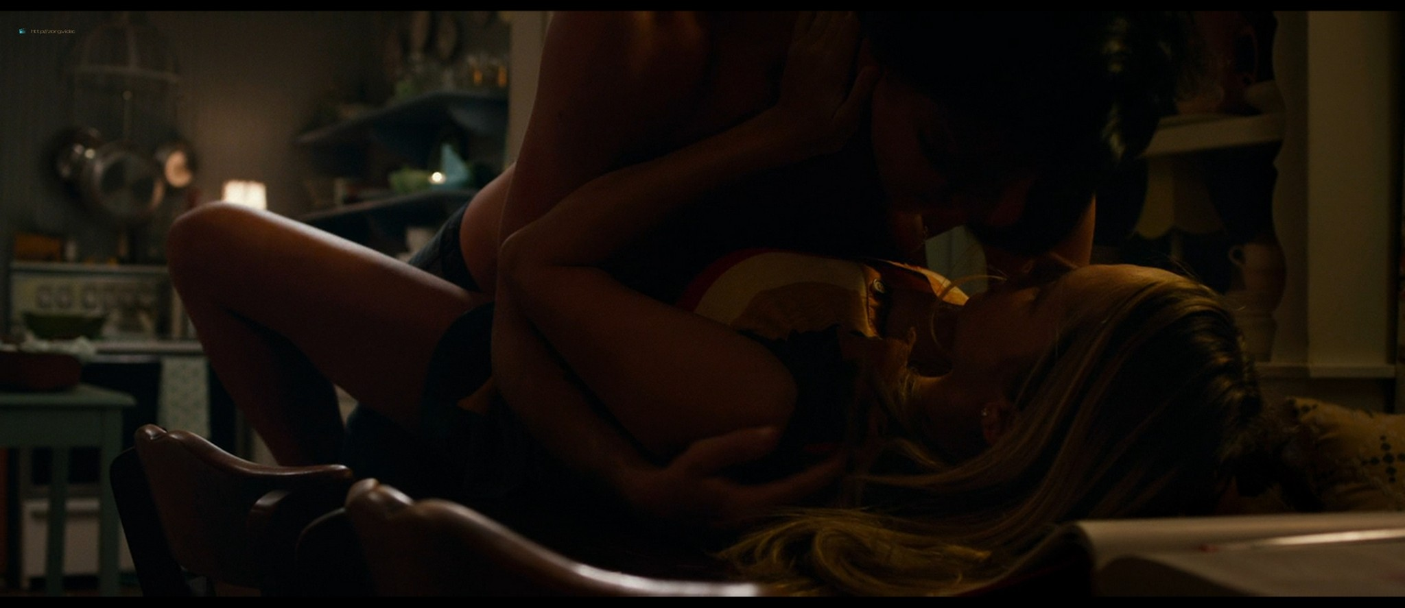 Teresa Palmer hot bikini and Maggie Grace, Alexandra Daddario hot too - The Choice (2016) HD 1080p BluRay (7)