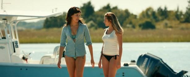 Teresa Palmer hot bikini and Maggie Grace, Alexandra Daddario hot too - The Choice (2016) HD 1080p Web-dl (2)
