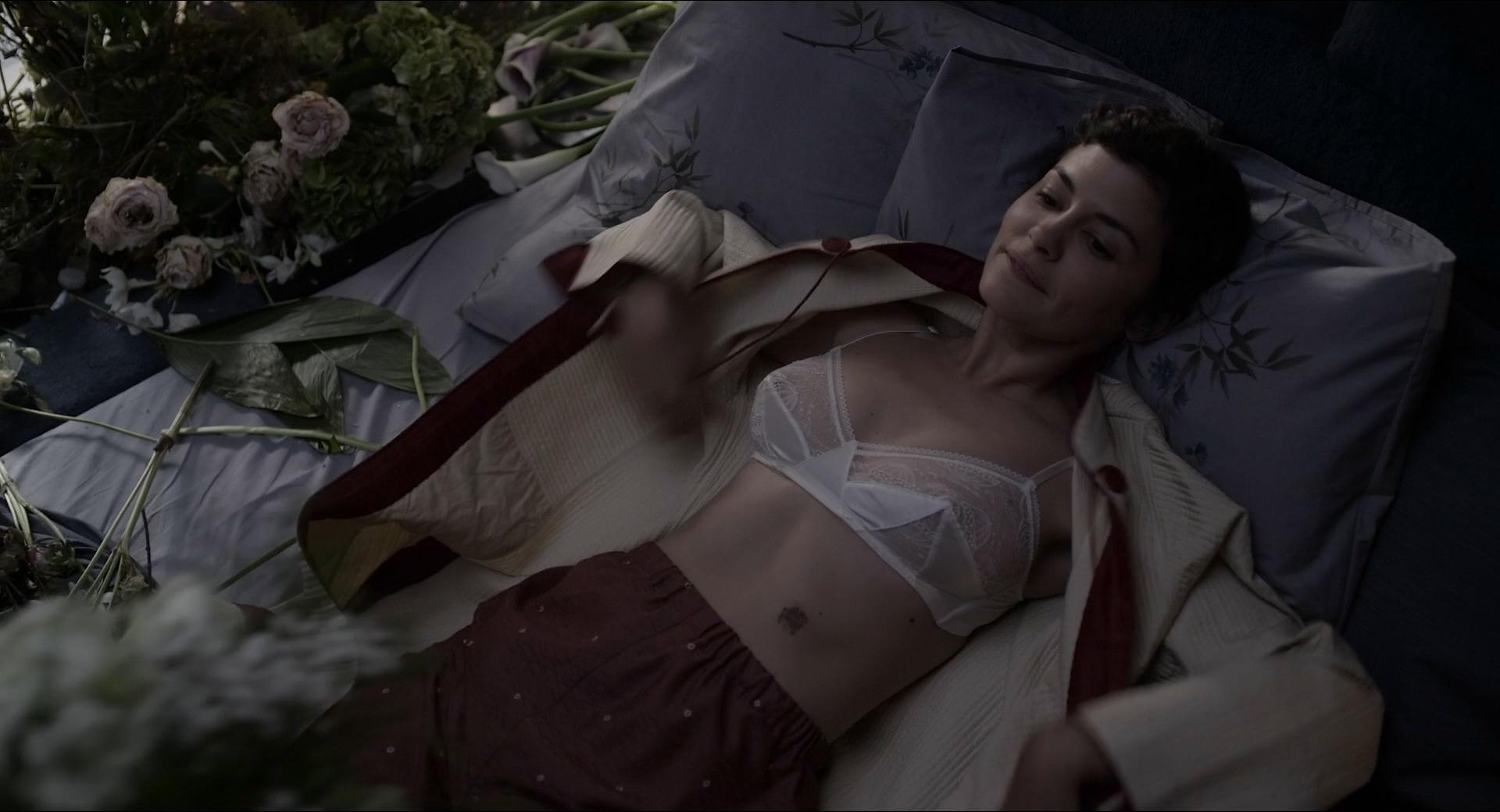Audrey Tautou hot sexy see through - Mood Indigo (FR-2013) HD 1080p (1)