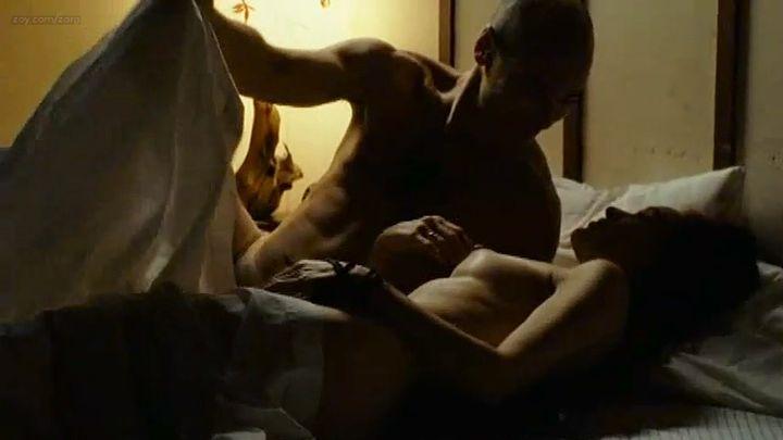 Clara Furey nude brief topless and Danielle Hubbard nude sex - CQ2 (CA-FR-2004) (3)