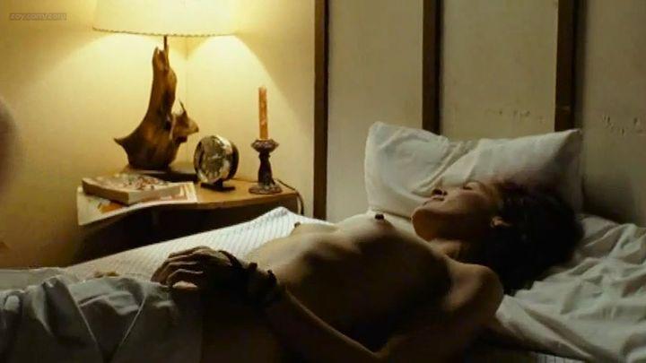 Clara Furey nude brief topless and Danielle Hubbard nude sex - CQ2 (CA-FR-2004) (2)
