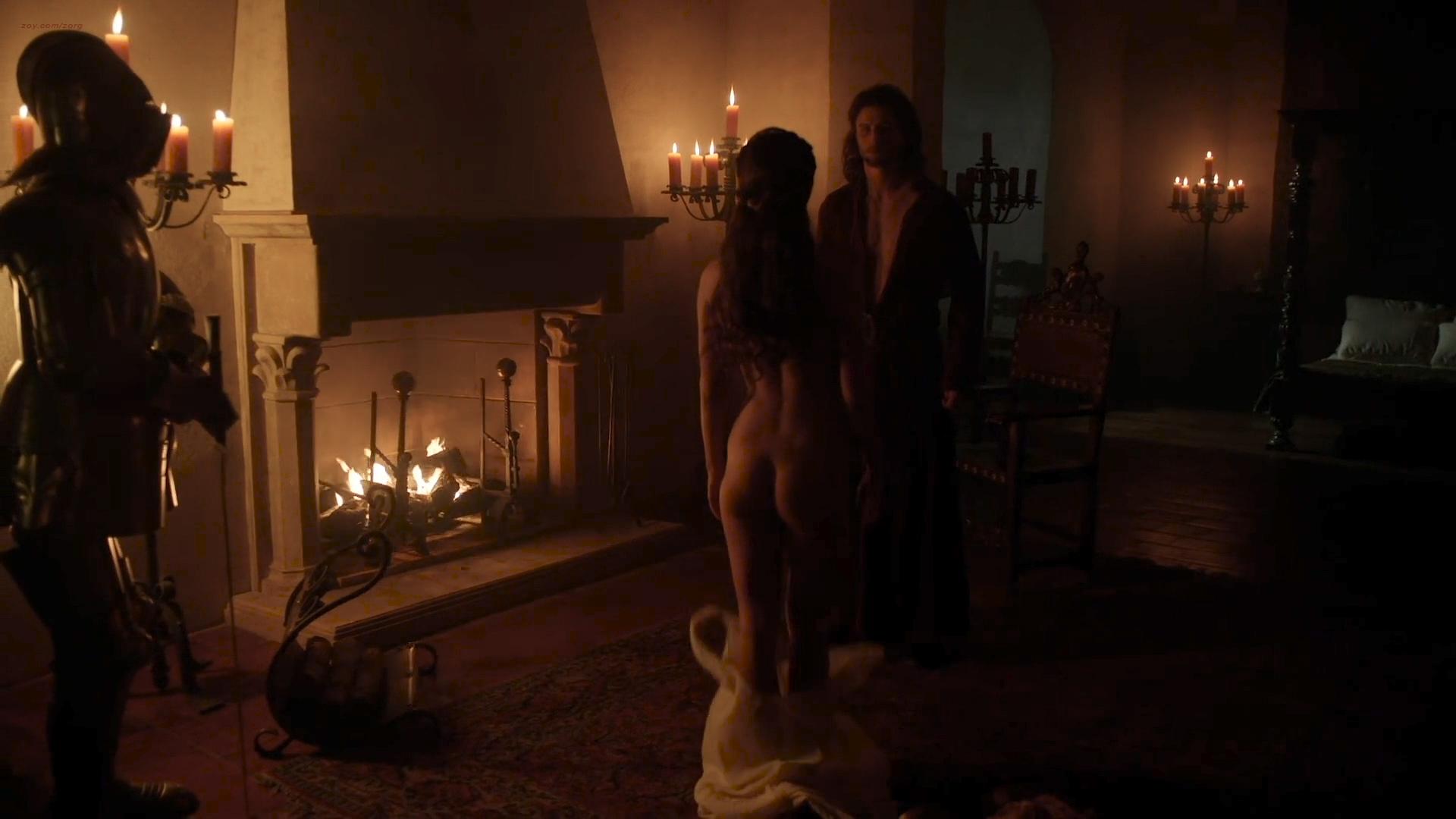 Eliska Krenková nude topless and butt- Borgia (2013) S02E02 HD 1080p (4)