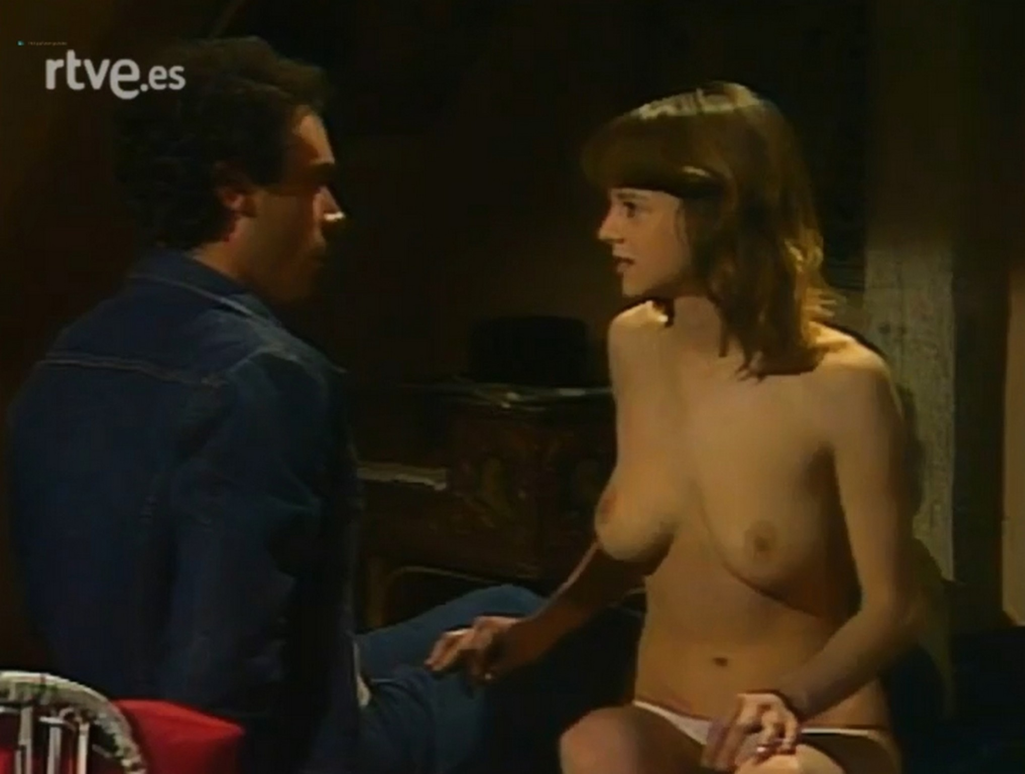 Ana Belen Topless emma suárez nude topless - el próximo verano (es-1983)