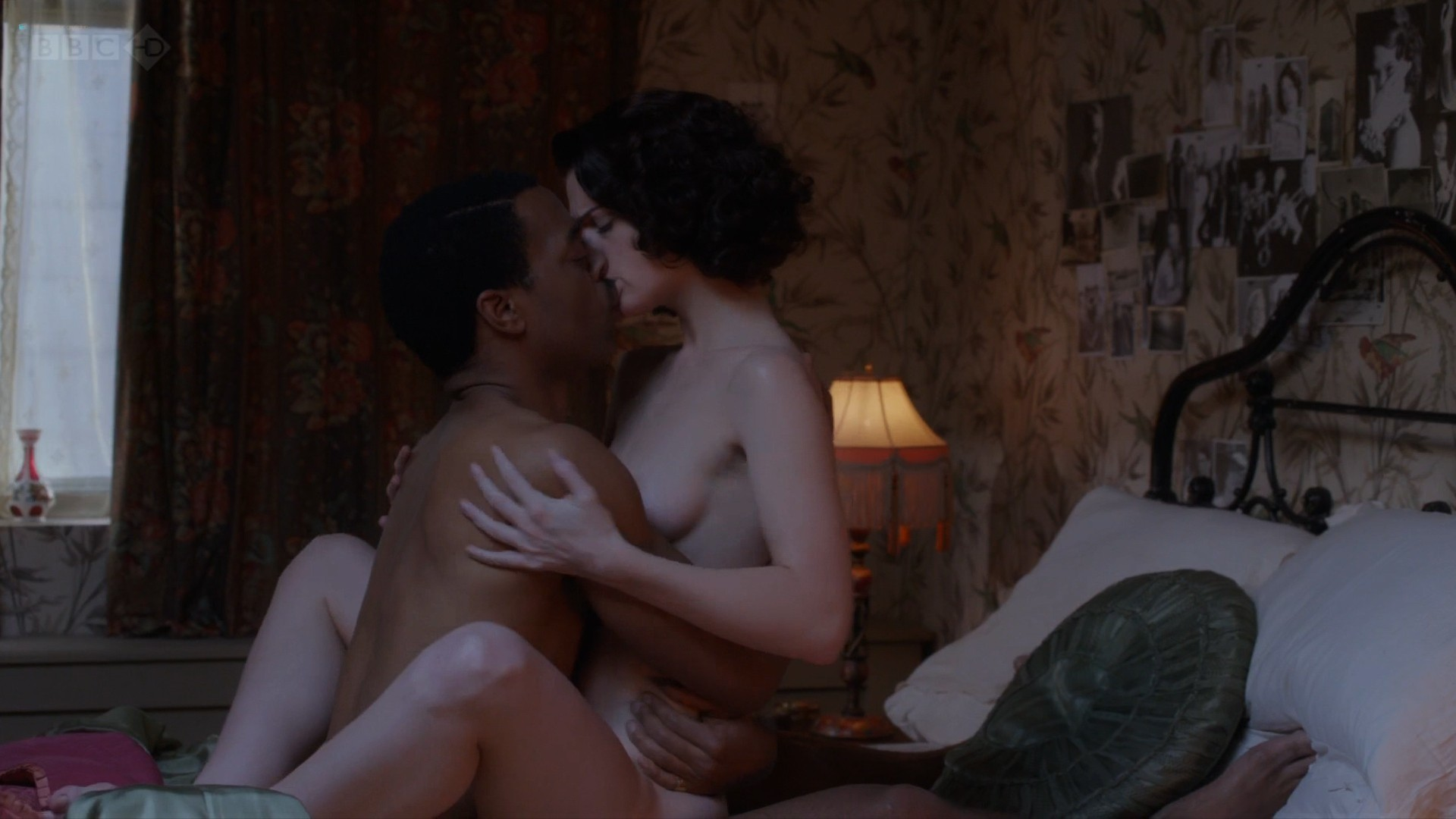 Janet Montgomery nude topless and sex - Dancing on the Edge (2013) s1e4 HD 1080p (7)