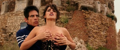 Penélope Cruz hot busty cleavage and Naomi Campbell hot - Zoolander 2 (2016) HD 1080p Web-Dl (12)