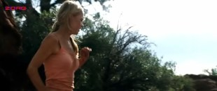 Yvonne Strahovski hot and sexy - The Canyon (2009) (12)