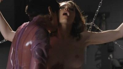Ashlynn Yennie nude bush, bondage India Summer and Victoria Levine nude sex - Submission (2016) s1e6 HDTV 720p (13)