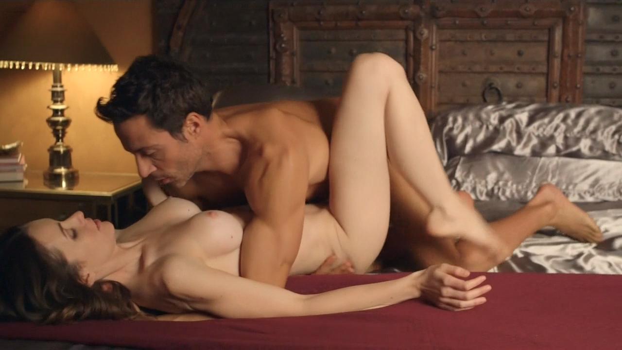 Ashlynn Yennie Nude Bush, Bondage India Summer And -4818