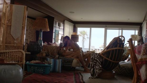 Christina Ochoa nude butt and hot sex - Animal Kingdom (2016) s1e2 HD 1080p (5)