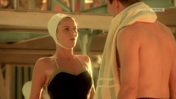 Joanna Going nude topless and butt and Samantha Mathis hot and wet - How to Make an American Quilt (1995) HDTV 720p (8)