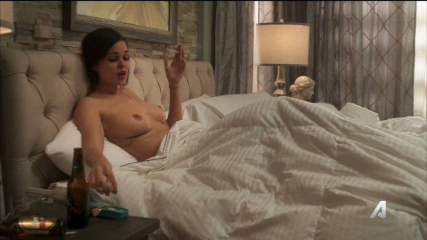 Lina Esco nude busty topless and hot sex – Kingdom (2016) s02e14 HD 720p (4)
