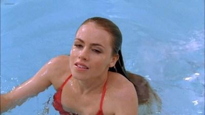 Amanda Schull hot and sexy in bikini - One tree hill (2009) s7e8 HD 720p (7)