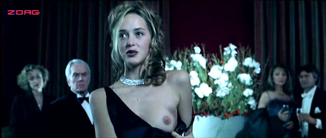 Helene de Fougerolles nude Valentine Sauca nude full frontal Ovidie and other's nude too - Mortel Transfert (FR-2001) (8)