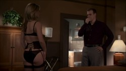 Julia Stiles hot and sexy some sex in lingerie - Blue (2014) s1e1-2 HDTV 720p (12)