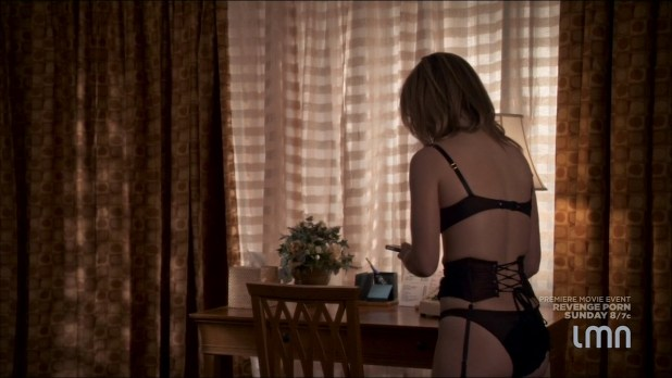 Julia Stiles hot and sexy some sex in lingerie - Blue (2014) s1e1-2 HDTV 720p (11)