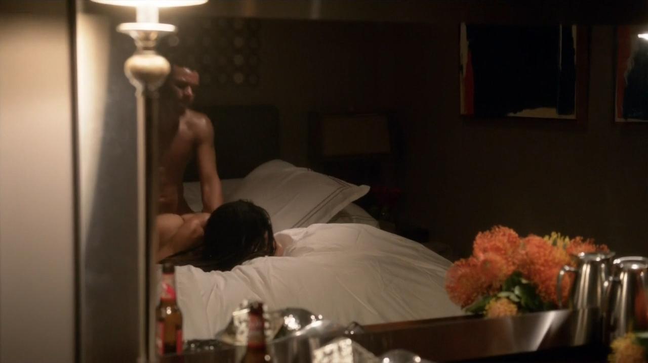 Lisa Bonet nude butt sex doggy style in brief hot scene - Ray Donovan (2016) S4E4 HDTV 720p (5)