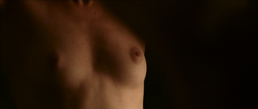 Lou De Laâge nude brief topless and very hot - L'Attesa (FR-2015) (9)