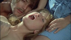 Miou-Miou nude bush, boobs and full frontal with Brigitte Fossey and Isabelle Huppert nude too - Les valseuses (FR-1974) HDTV 720p (15)