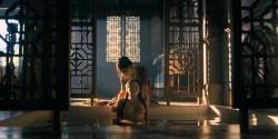 Olivia Cheng nude topless Esther Low nude boobs Karishma Ahluwalia nude butt – Marco Polo (2016) s2e5 HD 1080p (7)