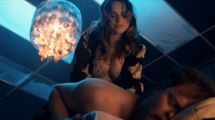 Taylor Marie Frey nude bush and butt, Carla Gugino and Jacqueline Byers hot - Roadies (2016) s1e3 HDTV 720p (12)