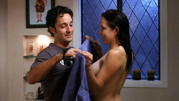 Jenny Mollen nude side boob Lisa Arturo nude Nicole Eggert hot other's nude - Cattle Call (2006) HD 1080p BluRay (1)