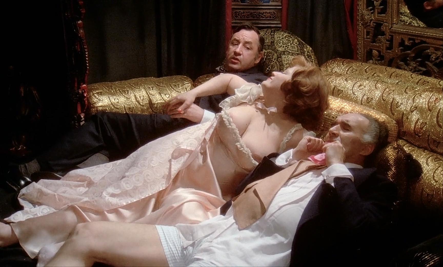 Celeb Andrea Grande Nude Scenes