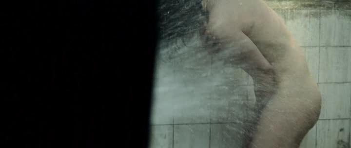María Valverde nude brief side boob- Guernica (SP-2016) (6)